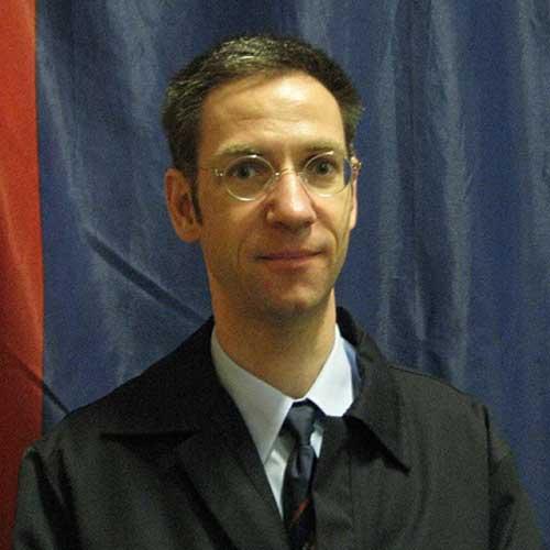 Dr. Eric Schulz